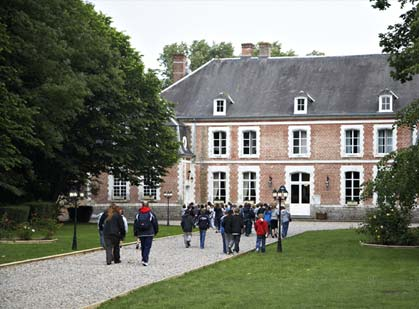 chateau school trip